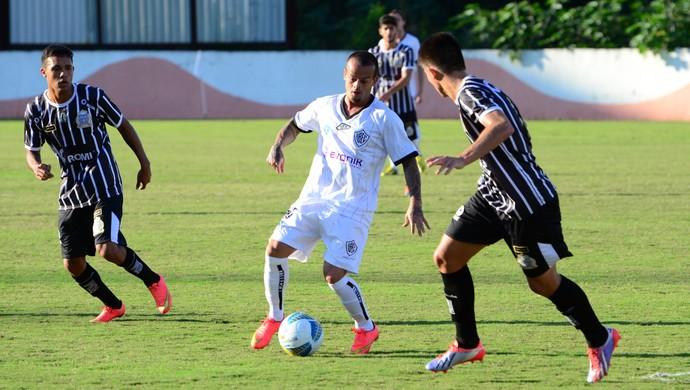 Rio Branco-SP x União Barbarense Copa Paulista André Luiz (Foto: Sanderson Barbarini / Foco no Esporte)