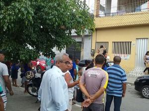 Casa de Neco foi alvo de busca e apreensão (Foto: Aldo Carneiro/ Pernambuco Press)