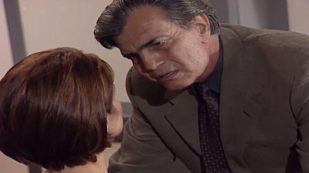 Csar decide descobrir se Leda  mesmo Leila (Foto: Reproduo/viva)