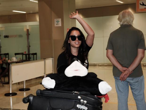 Anitta em aeroporto de São Paulo (Foto: Marcos Ribas/ Brazil News)