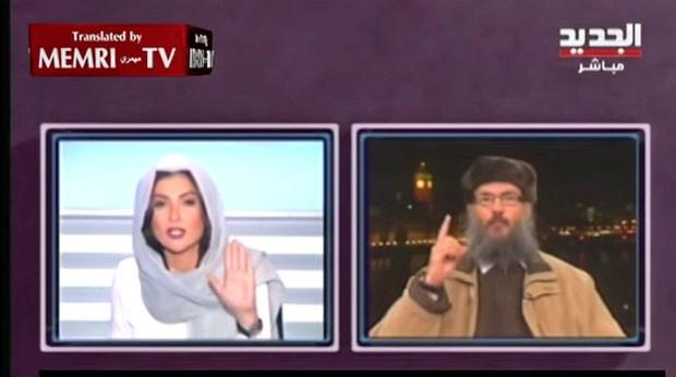 Versão legendada do vídeo em que a apresentadora interrompe a entrevista com o xeque já teve mais de 2,5 milhões de visualizações (Foto: Reprodução/Youtube/MEMRITV)