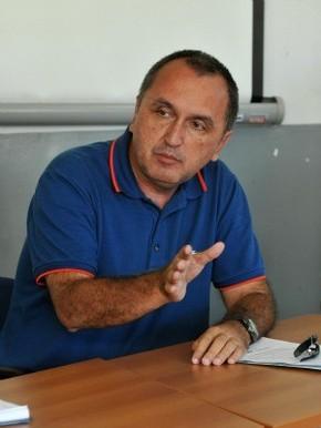 Rodney Miranda reduz expediente na Prefeitura de Vila Velha, Espírito Santo (Foto: Fernando Madeira/ A Gazeta)