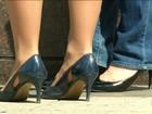 Empresas obrigam mulheres a usar salto alto no Reino Unido