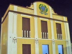 Prédio é uma réplica do Museu Histórico e Geográfico, que tem a fachada do Telégrafo Nacional (Foto: Rafael Melo/G1)