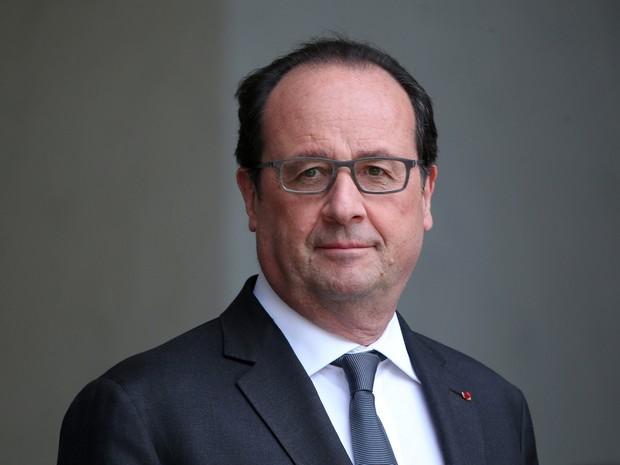 Hollande se reuniu com 5 pesquisadores franceses ganhadores do Nobel (Foto: Charles Platiau/Reuters)