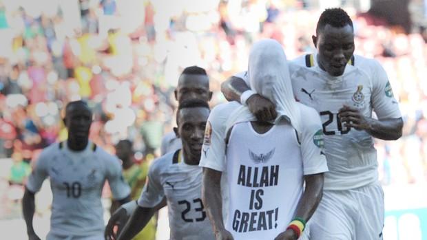 Mubarak Wakaso gana x mali (Foto: AFP)