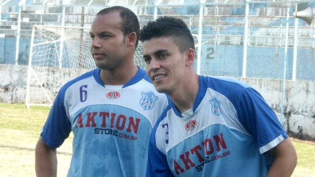 Alceu e Tiago Renz, volantes do Marília (Foto: Divulgação / Marília AC)