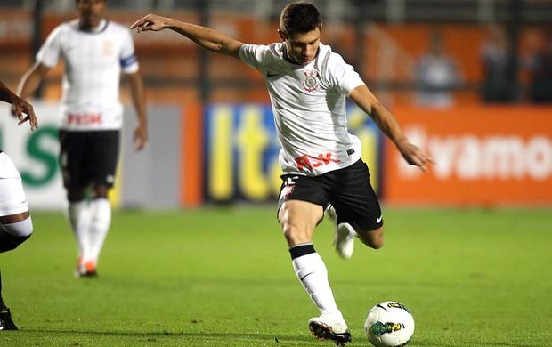 Alex, Corinthians x FIgueirense (Foto: JF Diorio / Agência Estado)