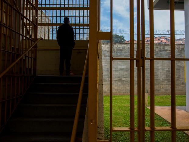 Adolescente pretende voltar à escola e seguir no trabalho (Foto: Victor Moriyama/G1)