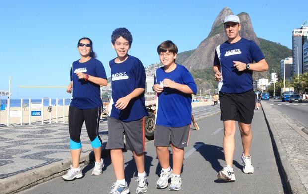 família pais e filhos corrida de rua eu atleta (Foto: Rogério Santana)