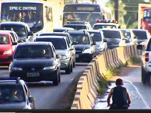 Fala Comunidade - Trânsito caótico em Macapá (Foto: Reprodução/TV Amapá)