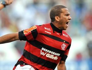 Jael comemora gol do Flamengo (Foto: Nina Lima / Vipcomm)