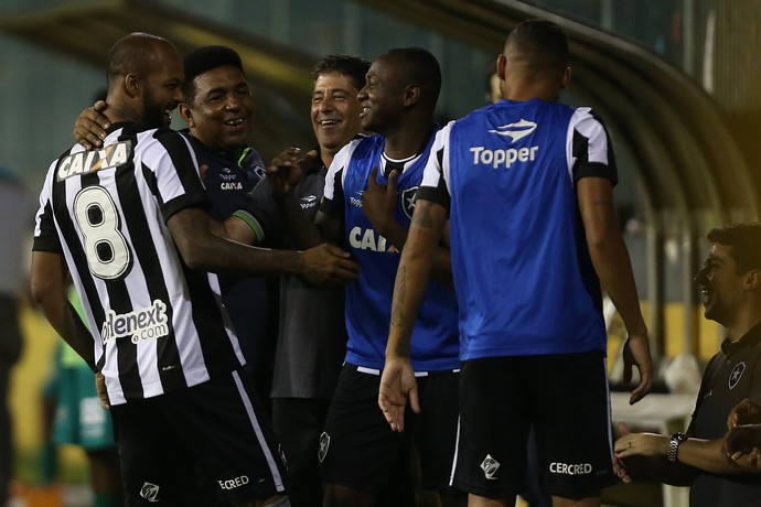 Bruno Silva e Sassá Botafogo (Foto: Vitor Silva / SSpress / Botafogo)