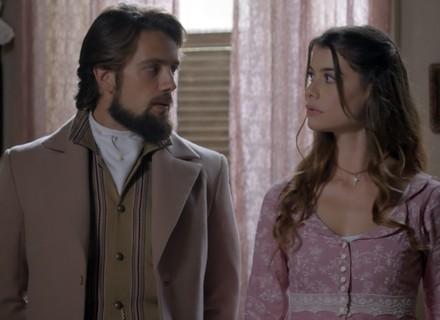 Lívia e Felipe ficam em situação embaraçosa