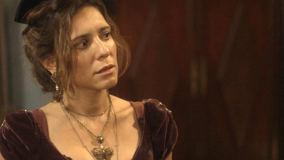 A amante congela diante da princesa (Foto: TV Globo)