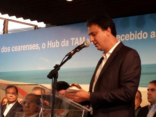 """Camilo Santana no lançamento da campanha """"todos pelo Hub"""" (Foto: Diana Vasconcelos/G1)"""