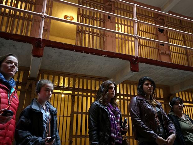 Turistas na prisão de Alcatraz, em San Francisco (Foto: Justin Sullivan/Getty Images/AFP)