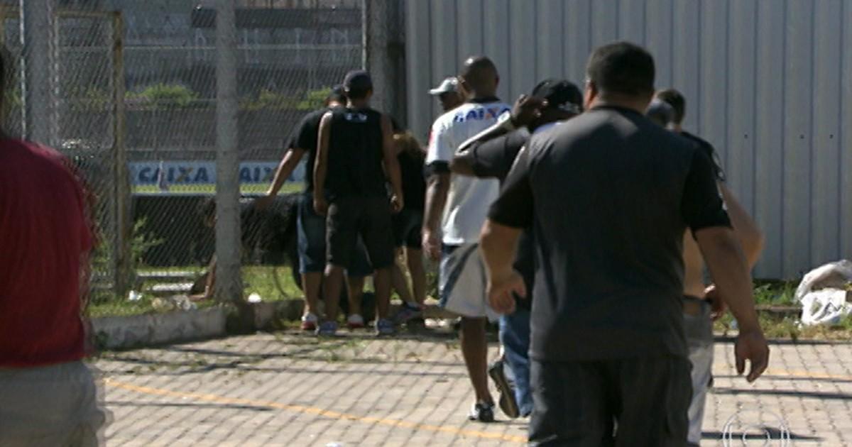 a913abc7e3 G1 - Polícia detém suspeitos de invadir Centro de Treinamento do Corinthians  - notícias em São Paulo