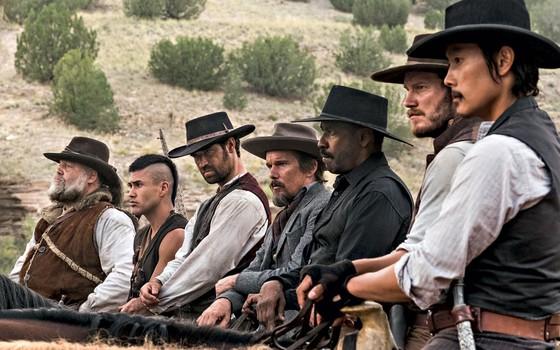 Cena do filme Sete homens e um destino (Foto: Scott Garfield)