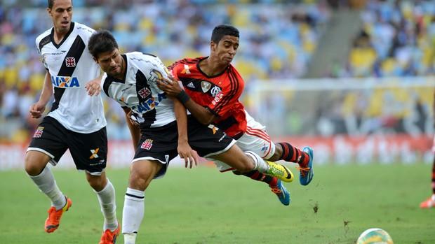 Gabriel e Pedro Ken Vasco x Flamengo (Foto: André Durão)