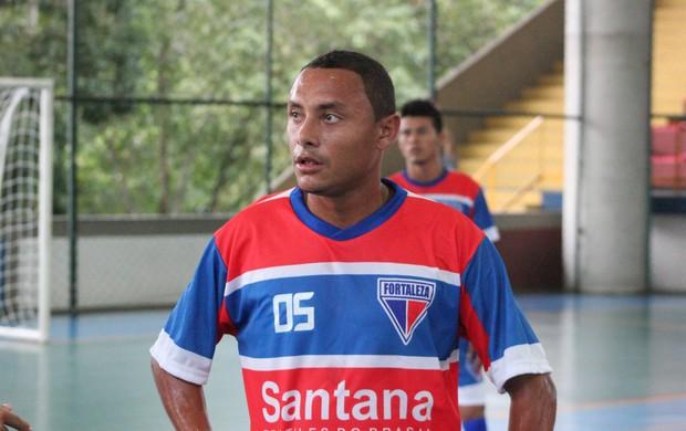 Alberto jogando pela equipe do Fortaleza na Copa TV Amazonas de Futsal=13-05-2012 (Foto: Anderson Silva/GLOBOESPORTE.COM)