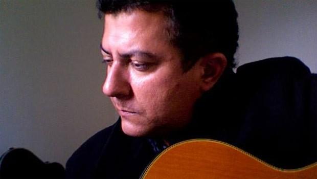 Rodrigo Garcia Lopes contribuiu com versos à campanha Descubra o Paraná (Foto: Reprodução/Redes sociais)