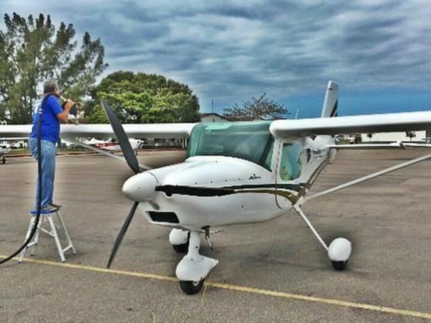 Avião monomotor que o casal ostentava, no Espírito Santo (Foto: Reprodução/Instagram)