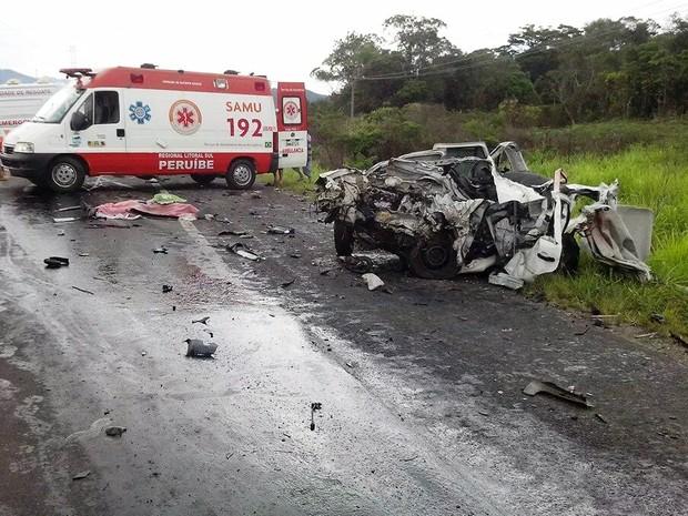 Duas pessoas morreram e outras duas ficaram feridas em Peruíbe, SP (Foto: Vasni Anunciada/Arquivo Pessoal)