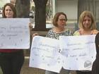 Protesto de ex-funcionários da Casa de Saúde tem bolo e vela de 3 meses
