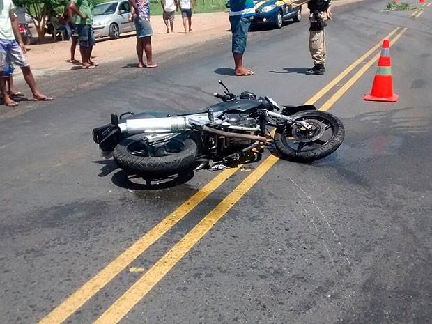 Acidente ocorreu próxmo ao município de Tanquinho (Foto: Site Acorda Cidade)