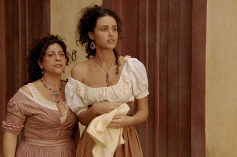 Catarina Andala e Débora Nascimento rodam filme (Foto: Divulgação)