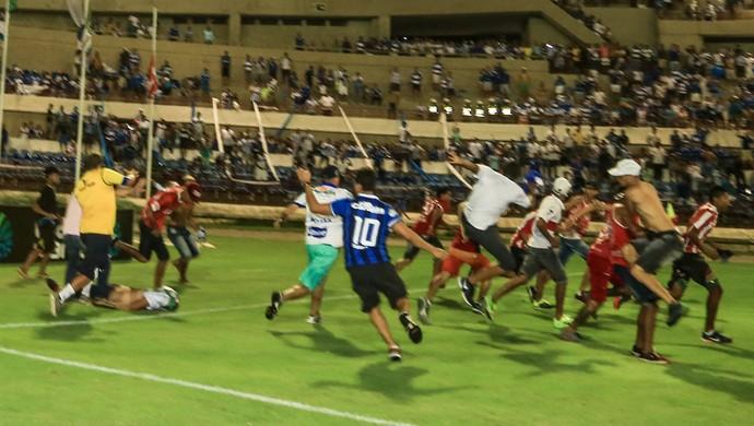 CSA x CRB - final Campeonato Alagoano - brigas (Foto: Ailton Cruz/Gazeta de Alagoas)