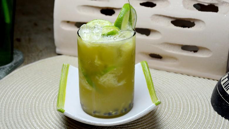 caipirinha-cachaça-limão-açúcar (Foto: robsonmelo/Pixabay)