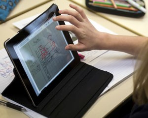 iPad é um dos tablets vendidos no Brasil e opção para o Natal (Foto: Fred Dufour/AFP)