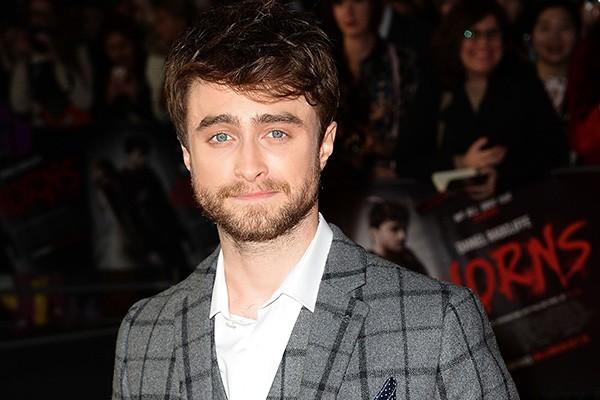Daniel Radcliffe admitiu ao público ter sido viciado em bebidas. Segundo o ator, ele ficou tão dependente do álcool que parou de aproveitar as outras coisas de sua vida. (Foto: Getty Images)