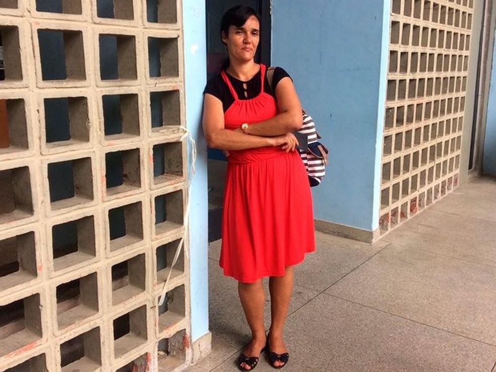 Ana Cláudia Almeida foi uma das candidatas que perdeu a prova na UniverSidade Federal na Bahia, em Salvador  (Foto: Henrique Mendes/G1)