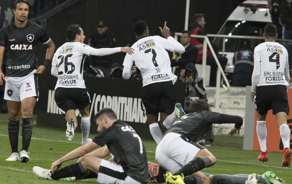 BLOG: Jogo rápido da 11ª rodada: líder Corinthians abre sete pontos de vantagem