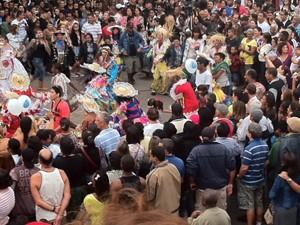 Quadrilha voltou a animar o público ao ritmo de forró e sertanejo (Foto: Alba Valéria Mendonça/ G1)