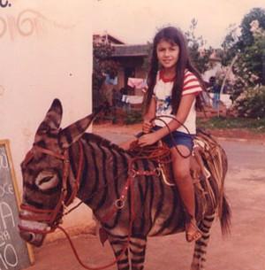 Paula Fernandes mostra fotos de infância (Arquivo pessoal cedido ao Sai do Chão)
