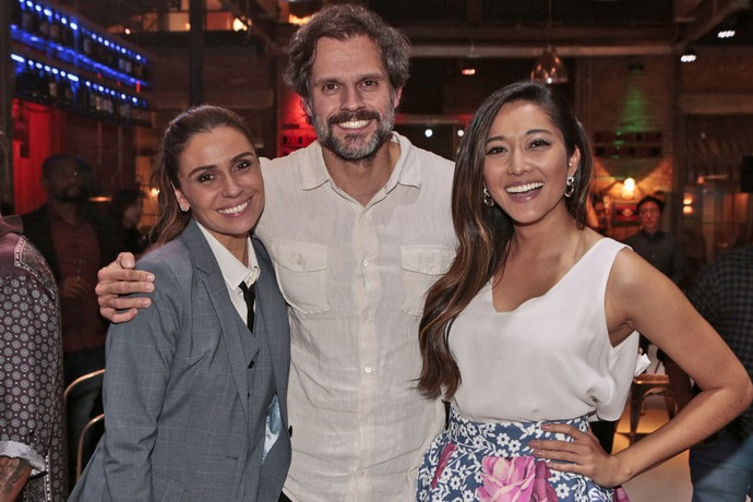 Giovanna, Leonardo Nogueira e Jacqueline Sato no lançamento da novela (Foto: Felipe Monteiro/Gshow)