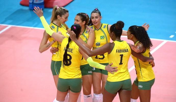 Comemora��o, Brasil x China Mundial de volei feminino (Foto: Divulga��o / FIVB)