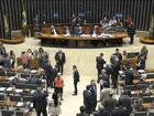Governo tem plano 'A' e busca aprová-lo, diz Barbosa sobre pacote