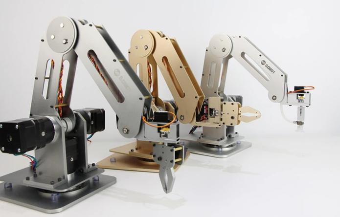 Braço mecânico permite elaborar tarefas com alta precisão (Foto: Divulgação/Dobot)
