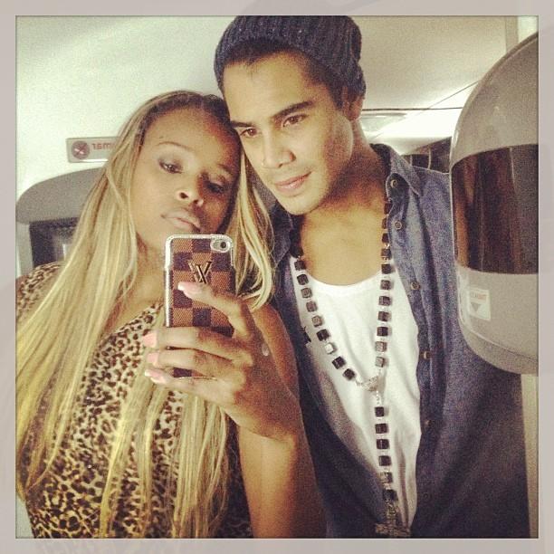 Micael Borges e Roberta Rodrigues em bastidores de show em São Paulo (Foto: Instagram/ Reprodução)