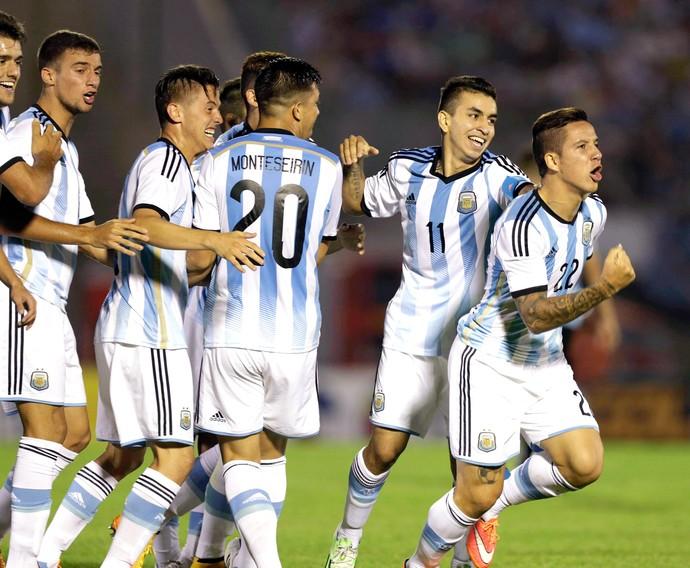 Sebastian Driussi, Uruguai x Argentina (Foto: Reuters)