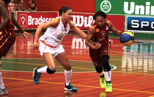 Americana estreia com vitória sobre o Barretos na Liga de Basquete Feminino (LBF)  (Foto: Zaramelo Junior/Divulgação)