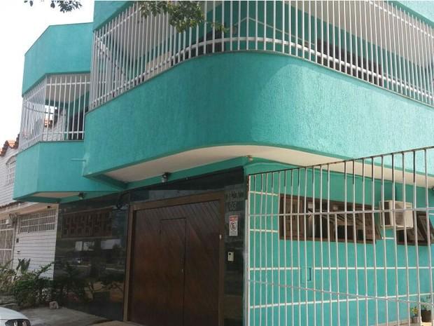 Clínica Belo Bronze funcionava em uma casa na 705 Sul, em Brasília (Foto: Agefis/Divulgação)