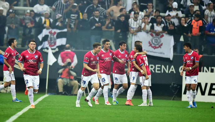 Gol do Nacional - Corinthians x Nacional (Foto: Marcos Ribolli)