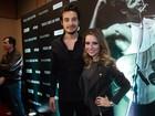 Sandy e Tiago Iorc fazem a alegria dos fãs em lançamento de filme