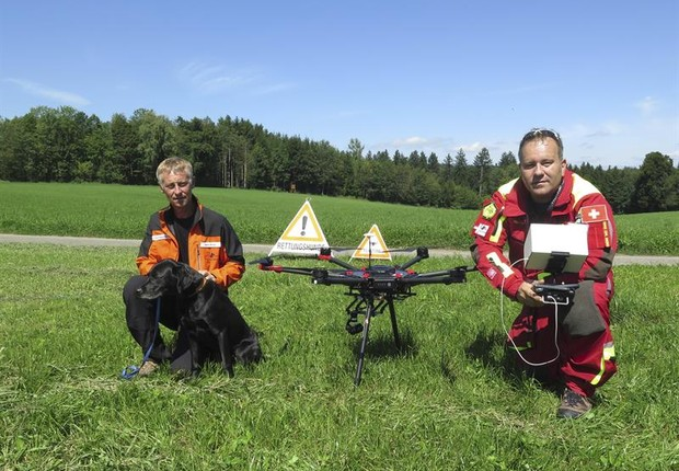 Na Suíça, drones auxiliam resgates (Foto: EFE)